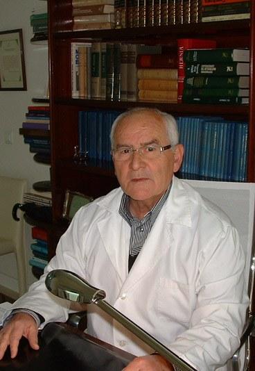 Dr. Luis Anselmo Martínez Messeguer, Jefe de la Unidad Endocrina y de Mama del Hospital Carlos Haya de Málaga.