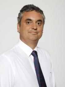 Dr. Juan Arocena García Tapia, Jefe del Servicio de Urología de Xanit Hospital Internacional