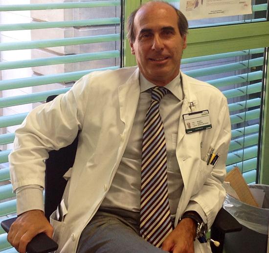 El doctor Laureano Molins López-Rodó, jefe de Cirugía Torácica del Hospital Clínic de Barcelona