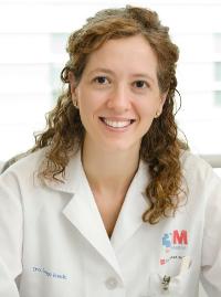 doctora Isabel Longo, especialista del Servicio de Dermatología del Hospital General Universitario Gregorio Marañón de Madrid