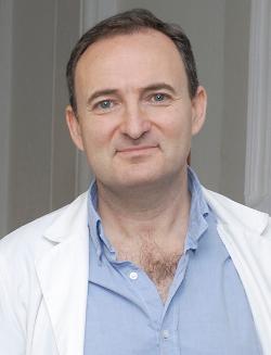 Dr. Felipe García, Consultor Senior del Servicio de Enfermedades Infecciosas y responsable de los ensayos clínicos de la vacuna del SIDA del Hospital Clínic de Barcelona,