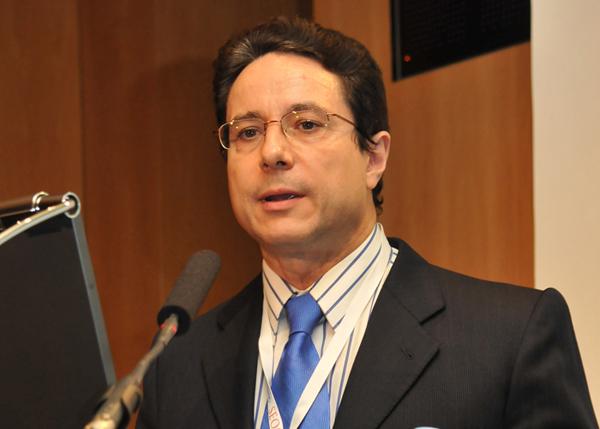 Dr. Miguel Martín, vicepresidente de SEOM, presidente de GEICAM y jefe de Servicio de Oncología Médica del Hospital Universitario Gregorio Marañón